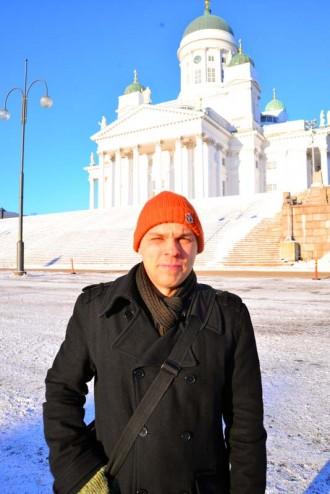 Vuonna 2013 kumppanikoodaaja Juha Yrjölän ensim- mäisiä koodausprojekteja oli lumiaurat kartalla -palvelu. Nyt mies vetää astetta isompia kehityshankkeita.