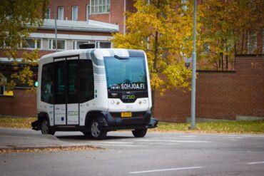 robot bus