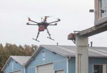 Helsingissä testataan automaattisen sydäniskurin kuljettamista dronella